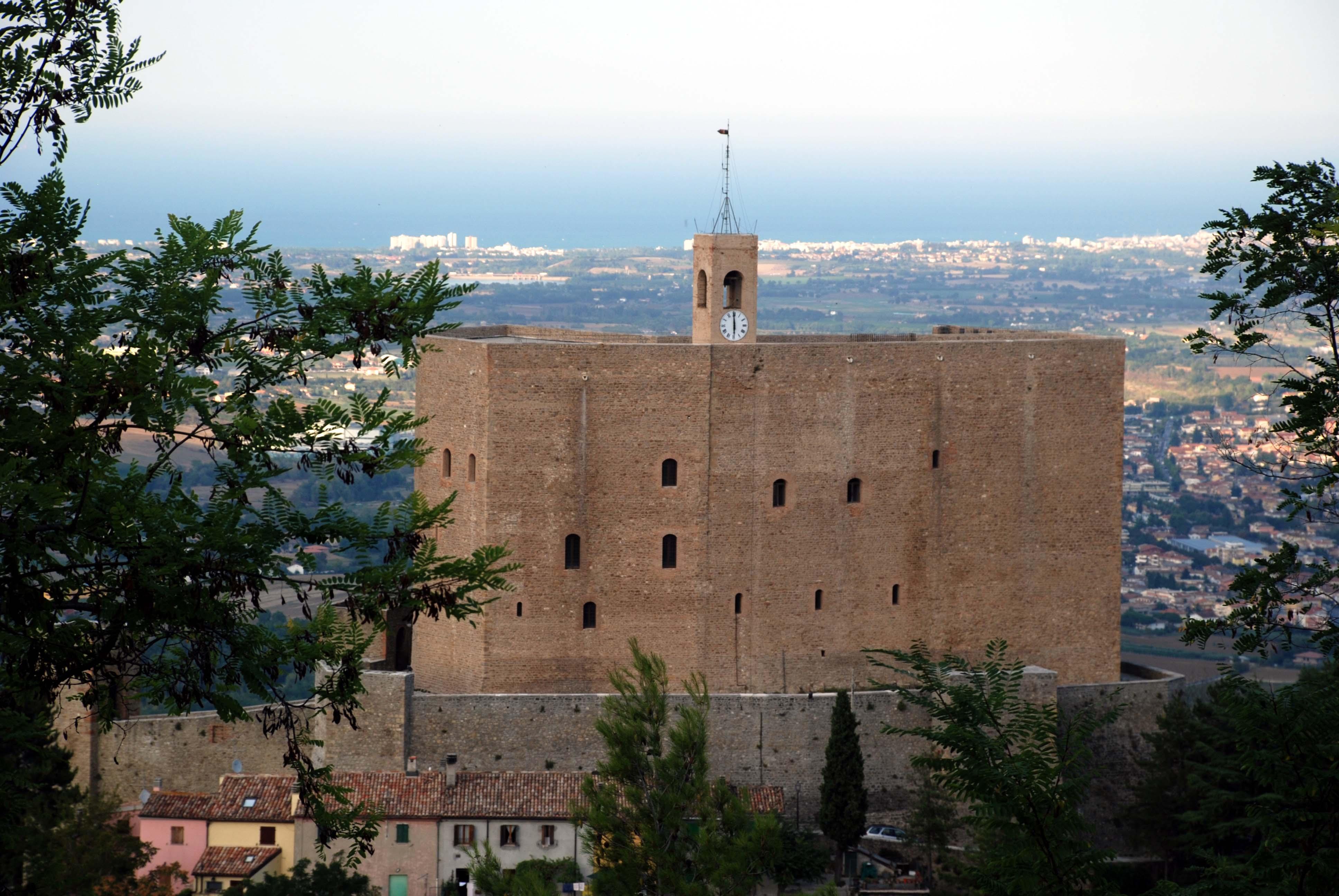 Rocca-malatestiana-di-Montefiore-Conca_0036